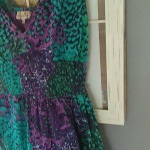 Dresses & Skirts - Lil sundress